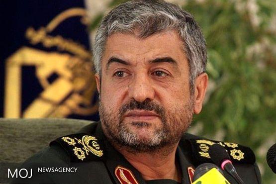 فرمانده کل سپاه درگذشت مادر شهید صیاد شیرازی را تسلیت گفت