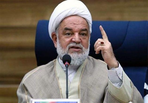 نماینده ولیفقیه در استان خراسان شمالی رأی خود را به صندوق انداخت
