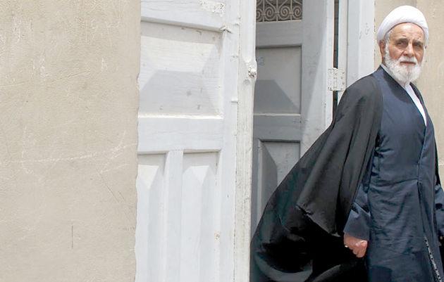 وزیر بهداشت: حجتالاسلام ناطق نوری فردا ترخیص میشود