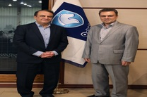 نشست هم اندیشی مدیران ارشد بانک ملت و گروه خودروسازی ایران خودرو