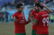 صدرنشینی حریف ازبکستانی استقلال با پیروزی پرگل