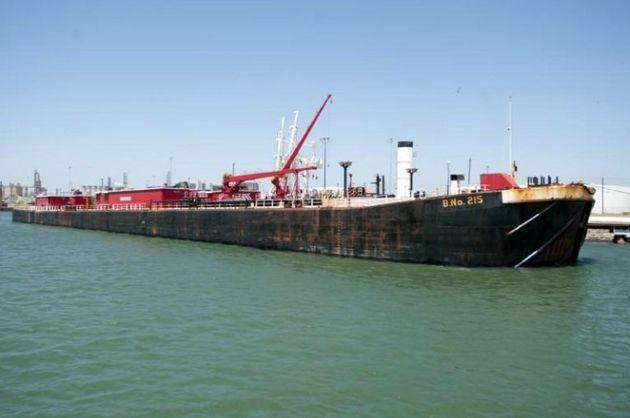 نجات ۱۳ دریانورد شناور خارجی توسط نفتکش ایرانی