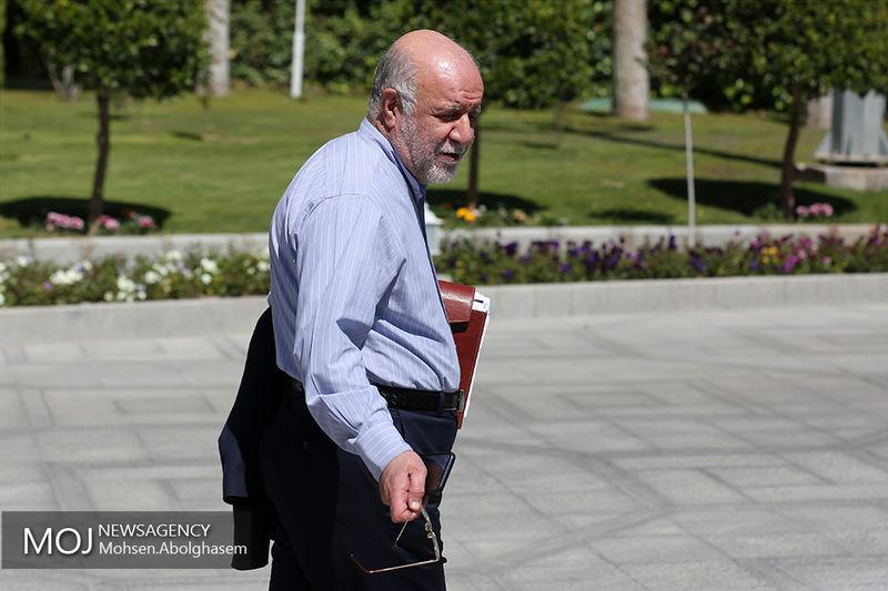 وزیر نفت به عمان سفر کرد