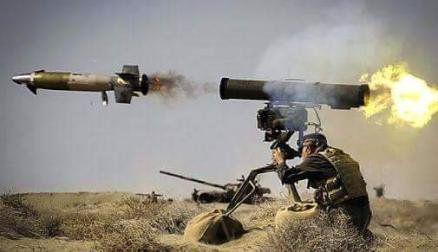 کشته وزخمی شدن 20 نیروی متجاوز در حملات توپخانهای ارتش یمن