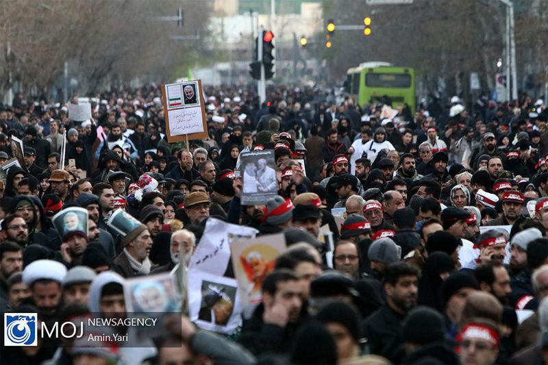 لحظه به لحظه با مراسم تشییع پیکر پاک سردار سلیمانی و شهدای مقاومت/وداع میلیونی با سردار دلها