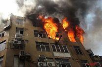۱۲نفر از میان آتش و دود نجات یافتند