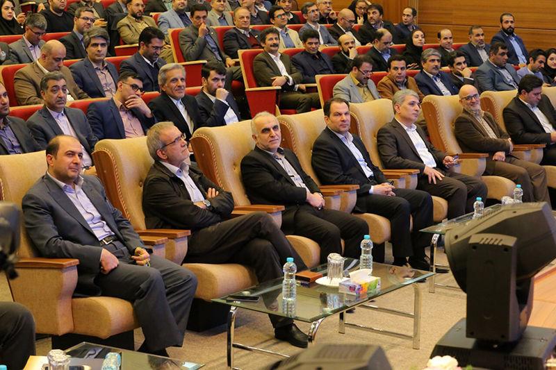 رونمایی از تازه ترین محصولات بانک ملی ایران/ حسین زاده: «ملی شو» نماد تحول گرایی است