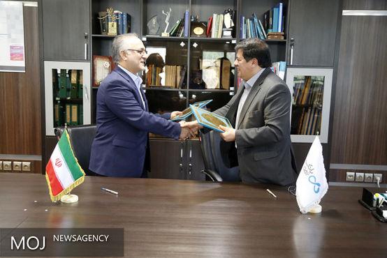 تفاهمنامه همکاری بین بانک دی و شرکت بازرگانی پتروشیمی امضا شد