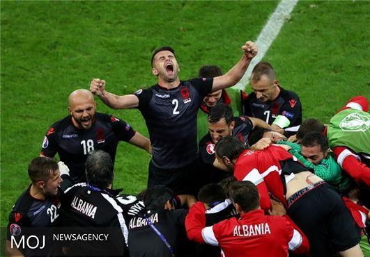 آلبانی رومانی را حذف کرد