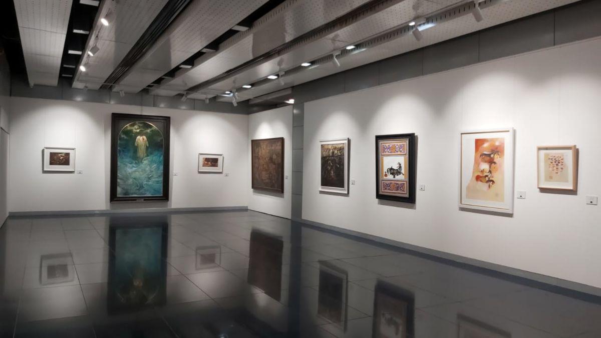 کدام آثار حسن روح الامین به صورت چاپی در نمایشگاه سفیر به نمایش گذاشته شده