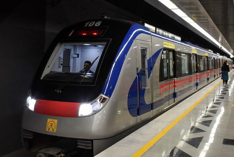 خودکشی فردی در خط 4 متروی تهران