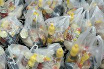 توزیع 110 بسته مواد غذایی بین نیازمندان در اردستان