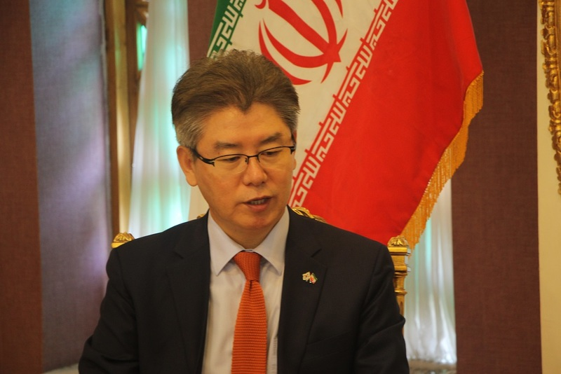 تعامل بنگاه های اقتصادی کوچک و متوسط کره جنوبی و ایران می تواند تحریم ها را کم اثر کند