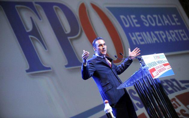 آیا انتخابات پارلمانی اتریش راستگرایان افراطی را وارد دولت میکند؟