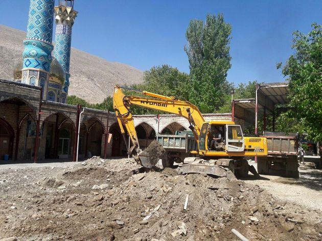 فاز دوم عملیات عمرانی امامزاده احمد(ع) خوانسارآغاز شد