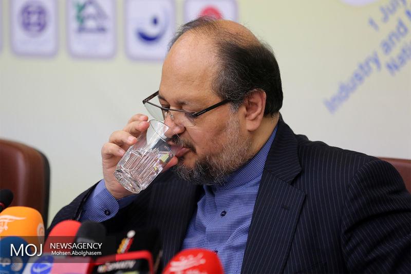 عدم اقناع سوال کنندگان از وزیر صنعت در کمیسیون صنایع