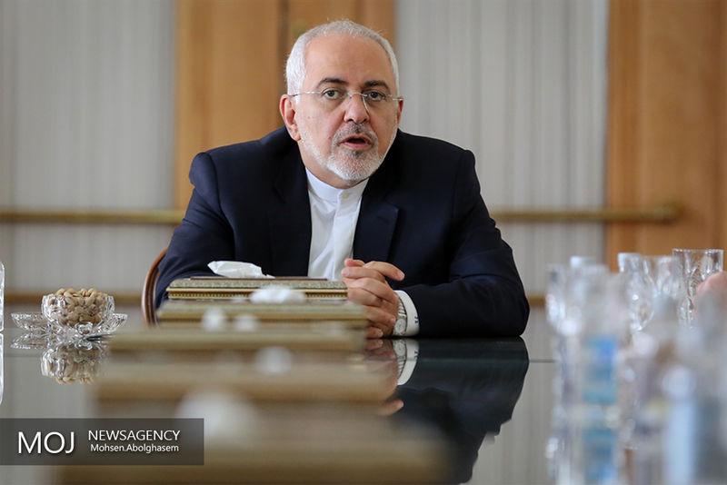 واکنش ظریف به بستن حساب های کاربران واقعی ایرانی در توییتر
