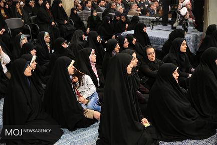 دیدار مسئولان نظام و سفیران کشورهای اسلامی با مقام معظم رهبری