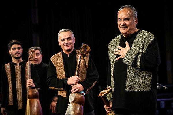 همراهی ارکستر آذربایجانی با فرامرز گرمرودی