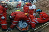 کشف جسد کارگر ۲۷ ساله در زیر آوار کانال فاضلاب