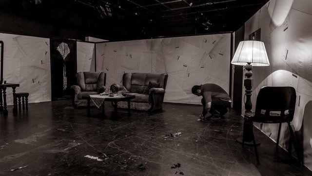 تقدیم یک نمایش به قربانیان حادثه تروریستی تهران