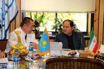 دیدار فرمانده ناو گروه صلح و دوستی قزاقستان با فرماندار بندرانزلی