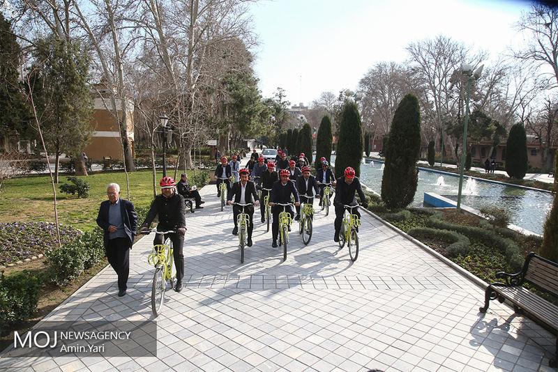 برگزاری لیگ های منظم مورد حمایت فدراسیون دوچرخه سواری است