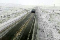 استفاده از تجهیزات زمستانه برای رانندگانی که قصد سفر به جاده کوهستانی را دارند ضروری است