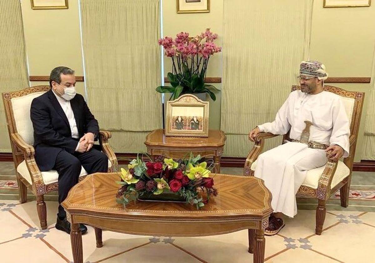 دیدار و گفتگو عراقچی با وزیر خارجه عمان