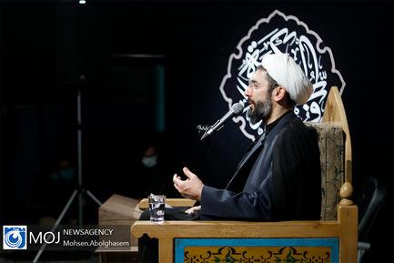 احیای شب نوزدهم ماه مبارک رمضان در دانشگاه شریف