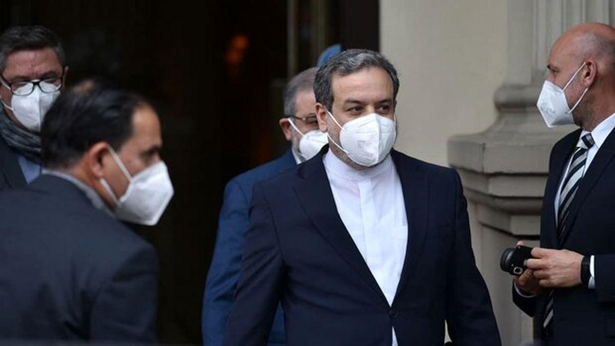 هیات مذاکرهکننده ایرانی عازم وین شد