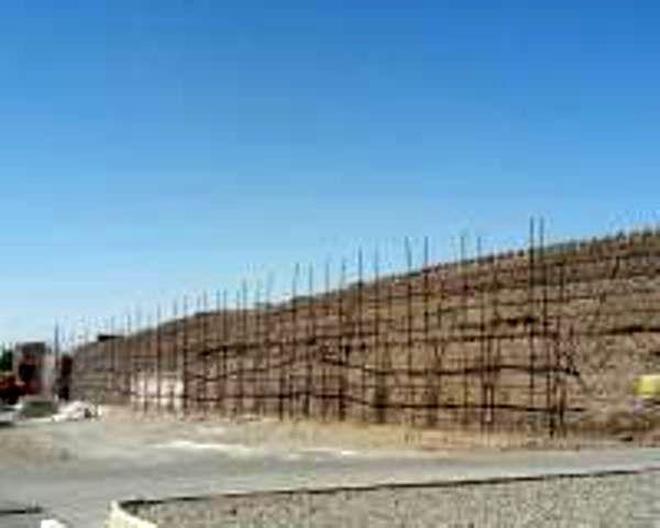 مرمت حصار ساسانی شهر کوهپایه در شرق اصفهان پایان یافت
