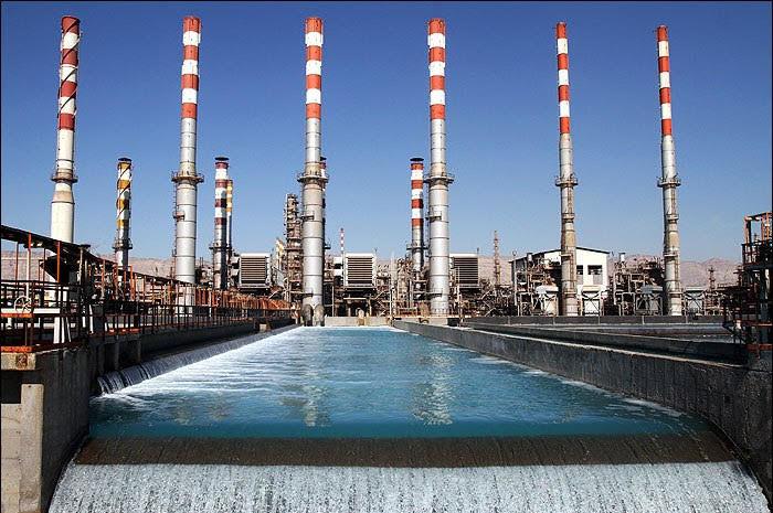 کاهش چشمگیر گازهای گلخانه ای در پالایشگاه نفت بندرعباس