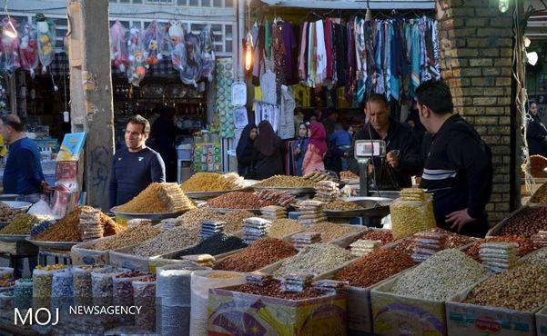 شب بازارهای سنتی در راسته خیابان پانزده خرداد راه اندازی شد