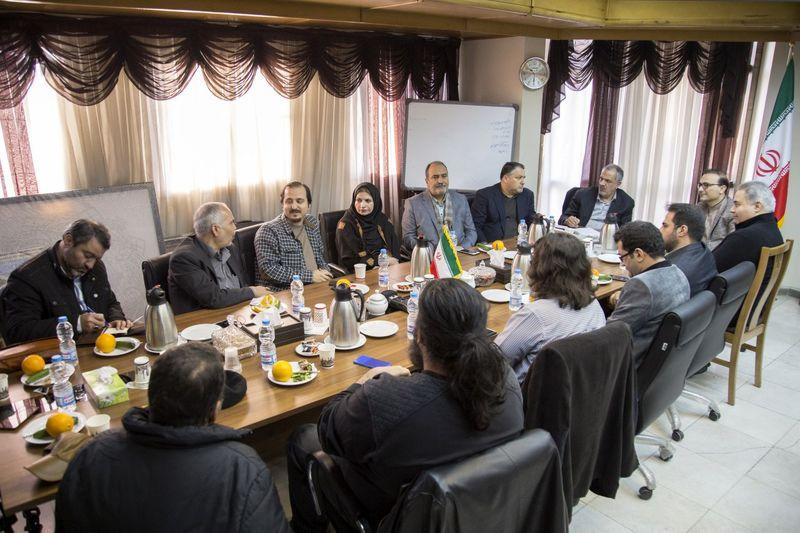 گزارش دیدار اعضای شورای سیاستگذاری جشنواره با احمد مسجدجامعی