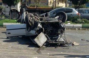 تصادف یک دستگاه پژو با پراید و واژگونی خودروی پژو 405 در کمربندی گرگان