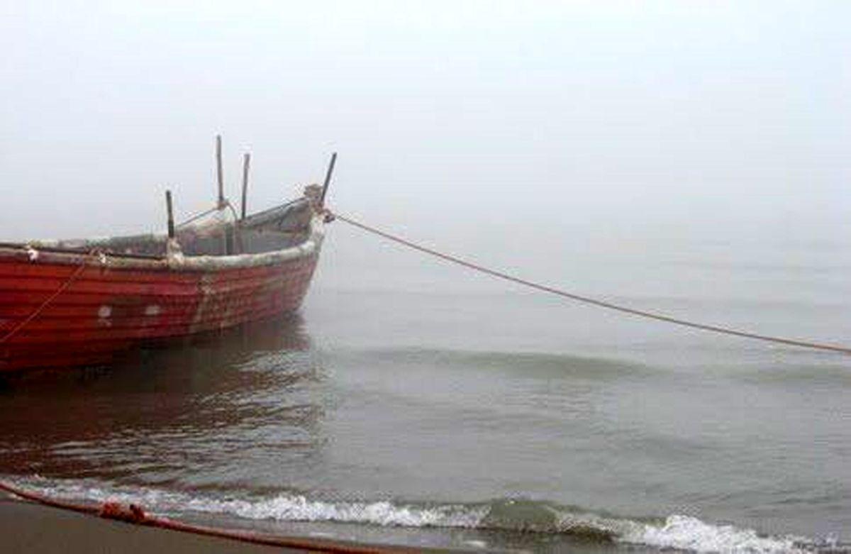 مه شدید، اسکله مسافری قشم را تعطیل کرد