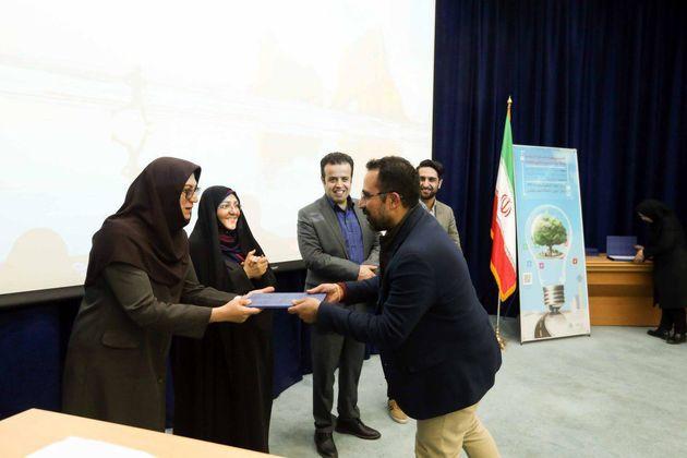افزایش مشارکت جوانان در  اداره شهر تهران در قالب توسعه استارت آپ ها