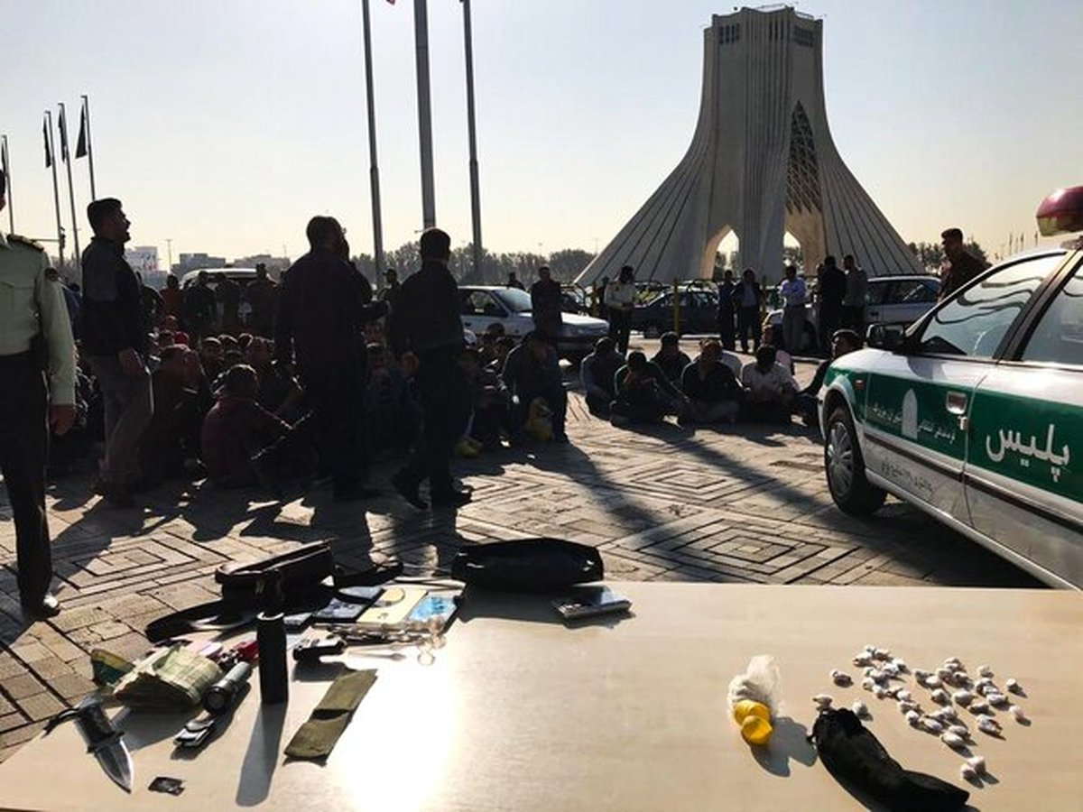 جمعآوری معتادان متجاهر و کارتنخوابها از حاشیه بزرگراههای پایتخت