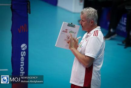 دیدار تیم های ملی والیبال کانادا و لهستان