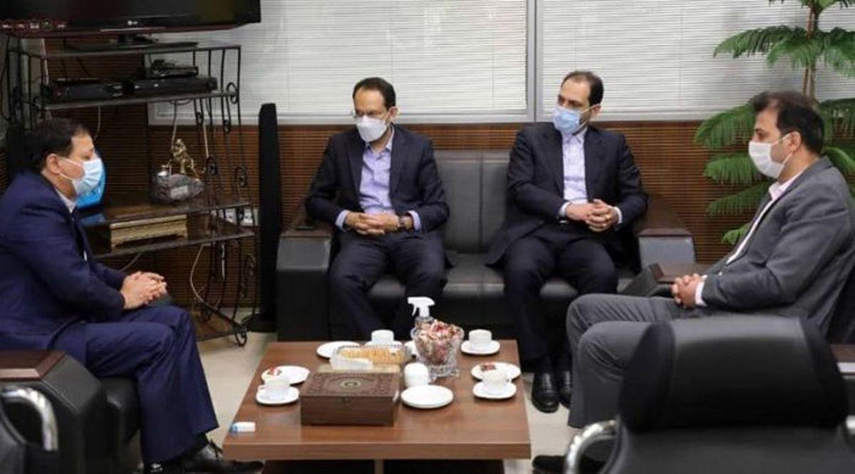حضور مدیران ارشد شرکت فولاد مبارکه در باشگاه سپاهان