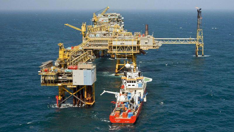 تولید نفت در خلیج مکزیک 40 درصد کاهش داشت