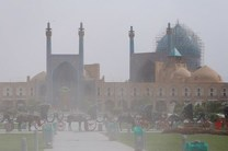 گرد و غبار اصفهان را فرا گرفت / شاخص کیفی هوا 364