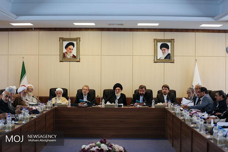 تصاویر/ حضور دکتر احمدی نژاد در مجمع تشخیص مصلحت نظام به ریاست آیت الله شاهرودی