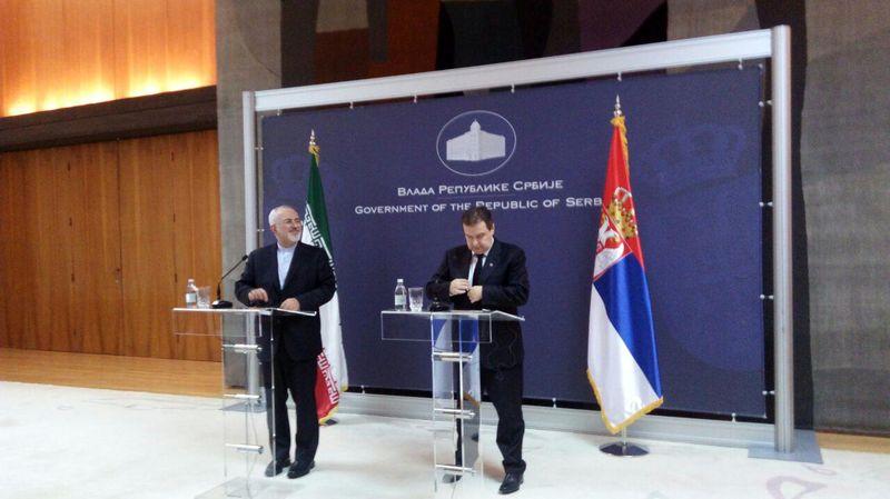 آغاز مصاحبه مطبوعاتی وزرای خارجه ایران و صربستان