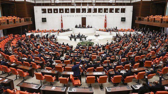 منع دسترسی رسانههای آمریکا به پارلمان روسیه مورد بررسی قرار گرفت