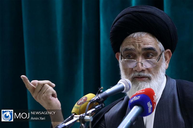 بهترین دموکراسی در جهان، در جمهوری اسلامی ایران است