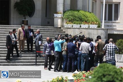 حاشیه جلسه هیات دولت - ۵ تیر ۱۳۹۸