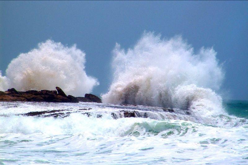 خلیج فارس مواج است/تردد های دریایی با احتیاط صورت گیرد