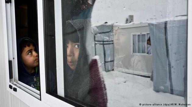 نزدیک به ۲۵ هزار کودک پناهجو از خانوادههای خود جدا ماندهاند